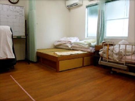 静養室・機能訓練室